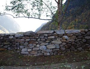Fertige Trockenmauer (Foto Pfadfinderinnenstiftung Calancatal)