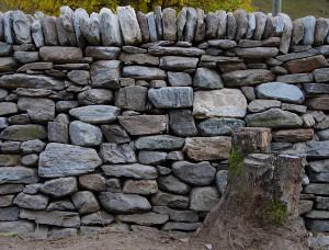 Teil einer Trockenmauer (Foto Pfadfinderinnenstiftung Calancatal)